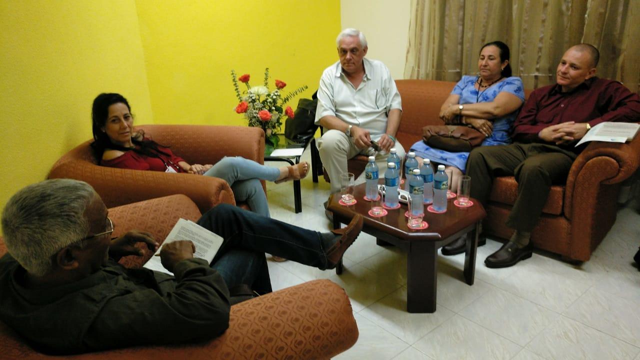 La Dirección de Medios de la UNDAV realizó gestiones para la incorporación de las radios universitarias cubanas a la Radio Internacional Universitaria